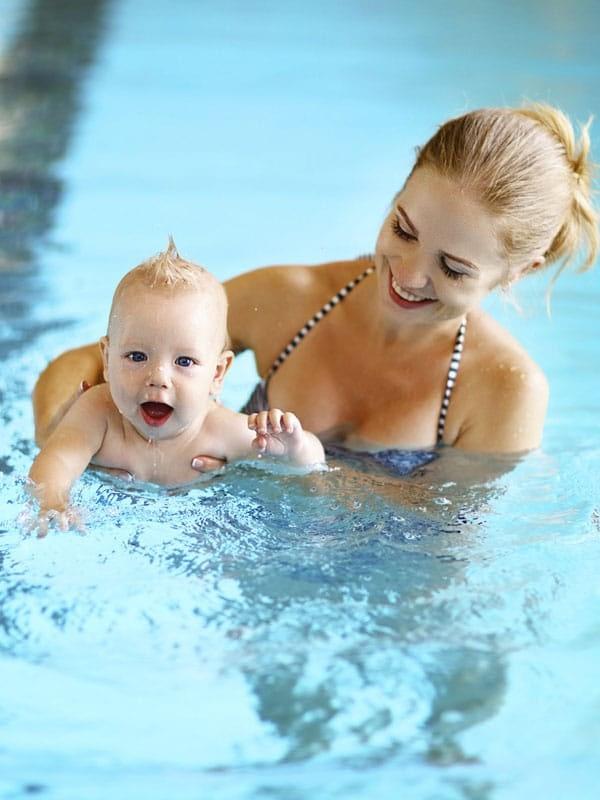 Babyzwemmen baby zwemmen Eindhoven Essink